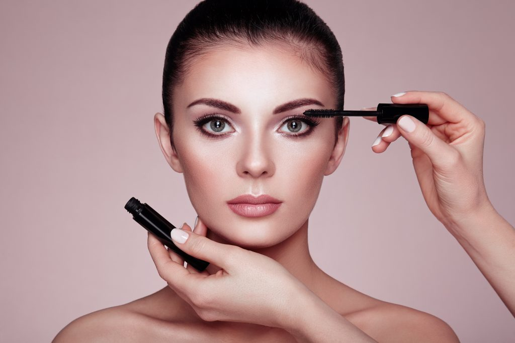 Top Makeup Tips from Celebrity Makeup Artist Kelly Williams